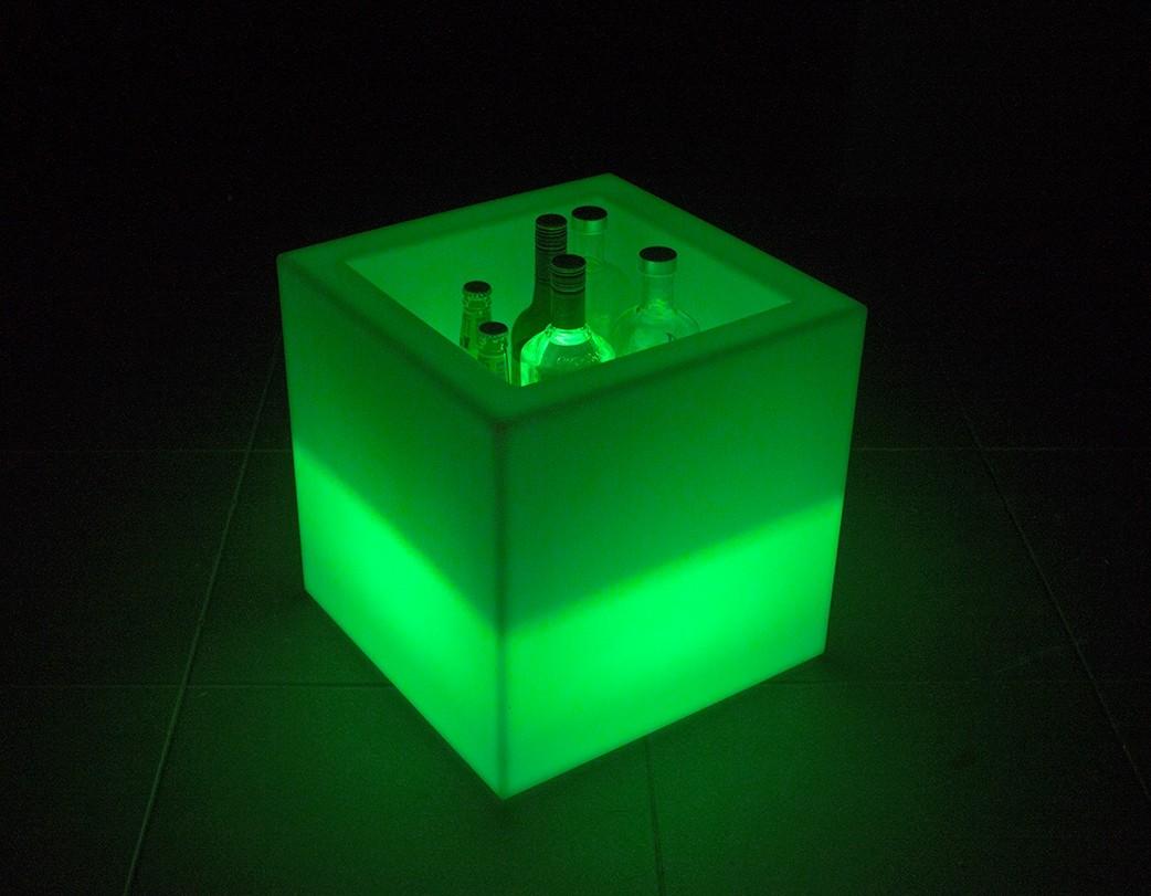 Светодиодный светильник-куб Cube 40 Box (Led) Alive System