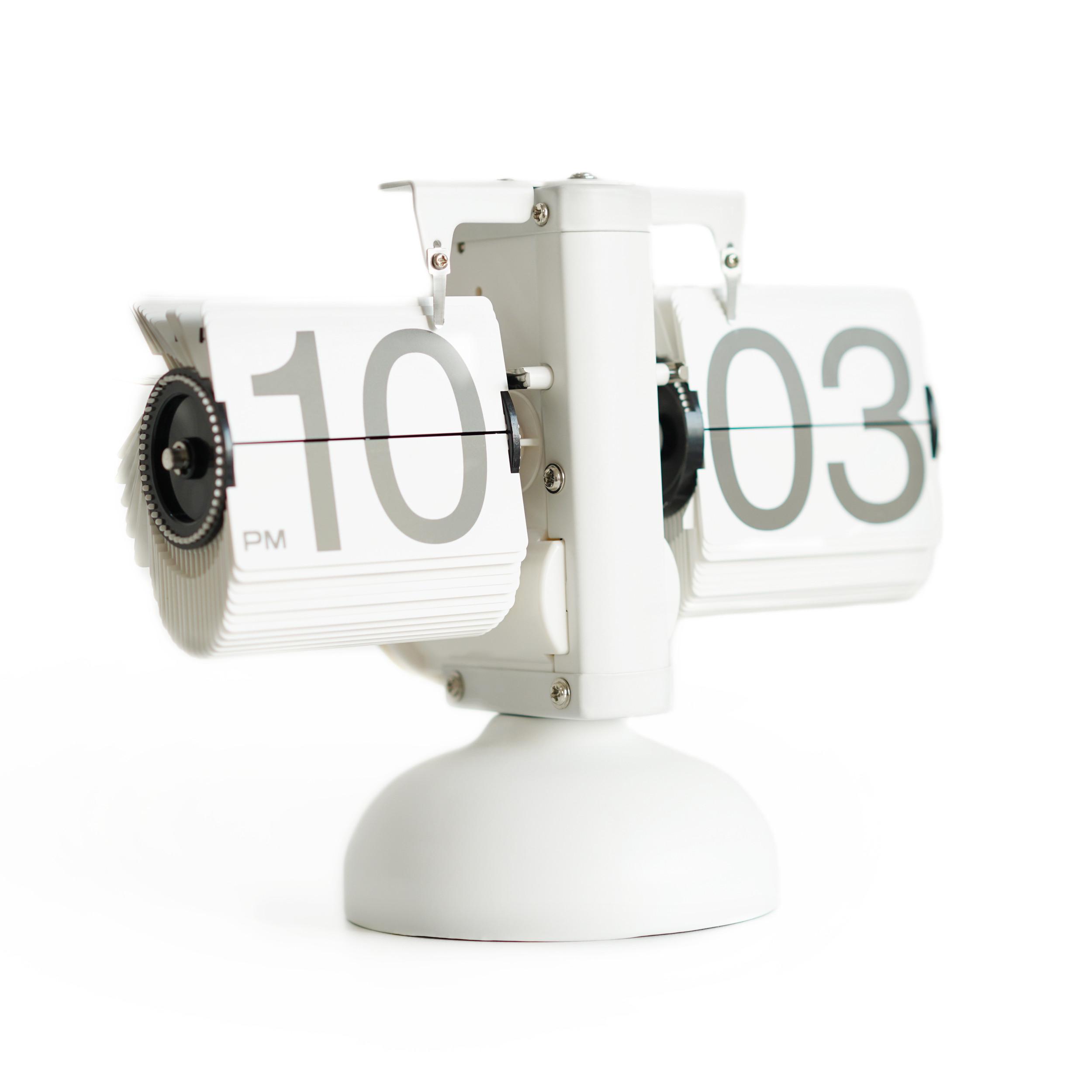 Классические перекидные часы Flip-clock, 16х21х8 см (белые)