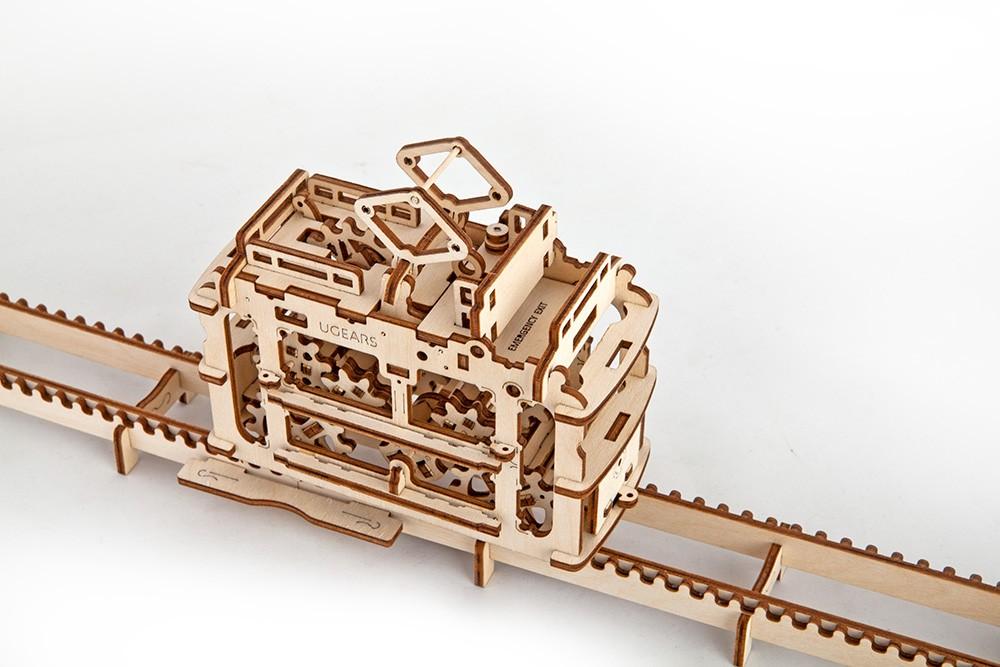 Сборная модель Ugears Трамвай с рельсами