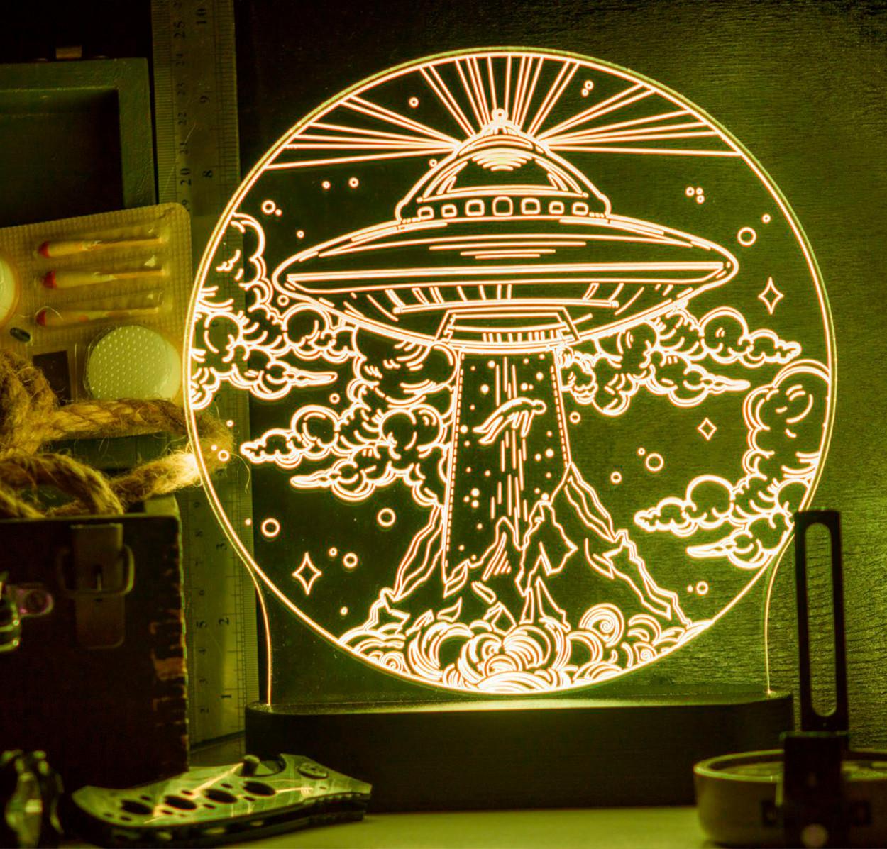 3D светильник НЛО. Похитители (25*25)