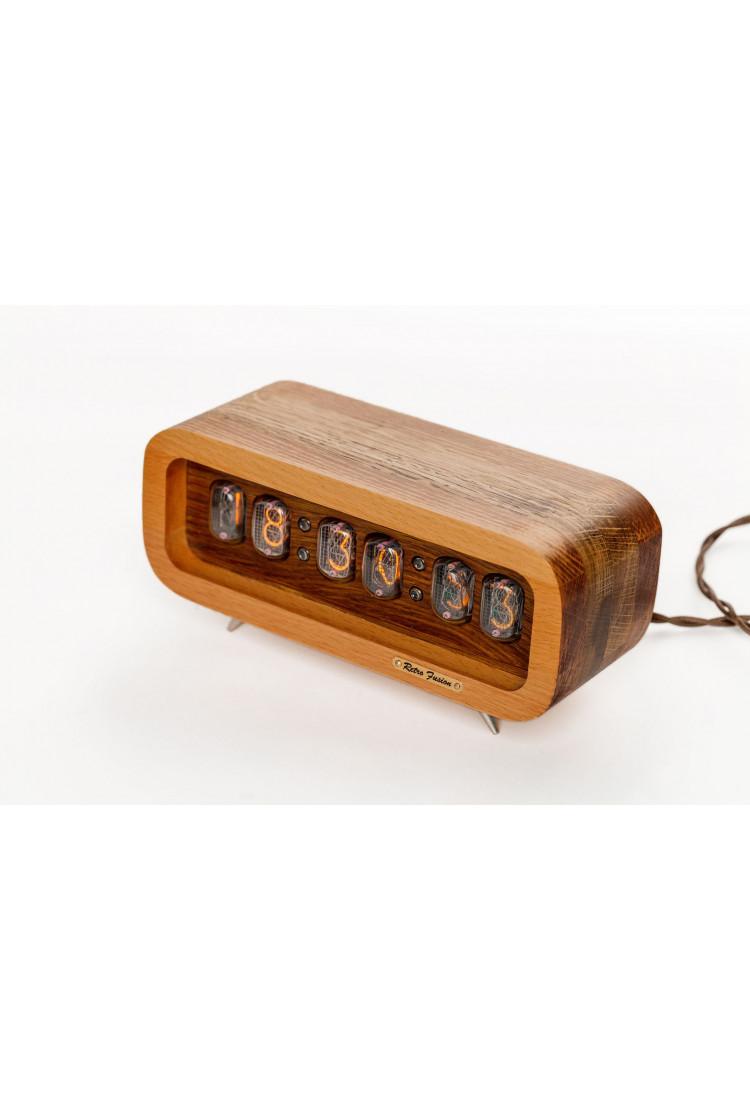 Ламповые ретро часы - деревянные комбинированные бук+дуб