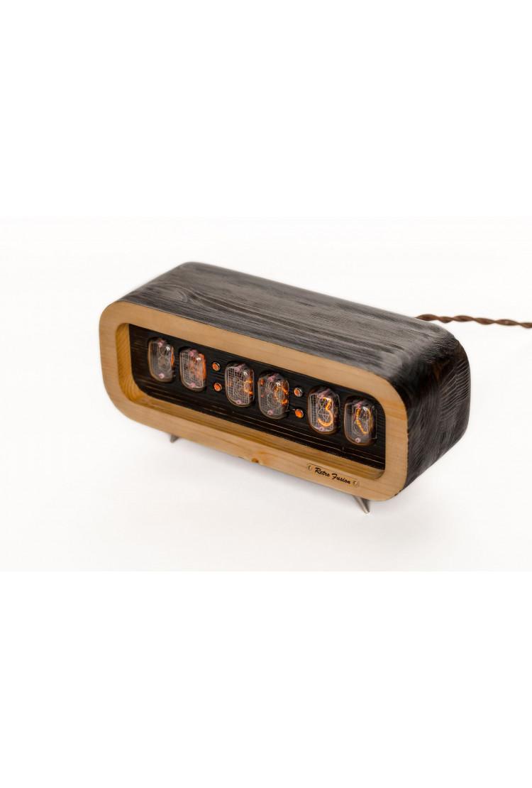 Ламповые ретро часы - деревянные сосна (венге/светлый)