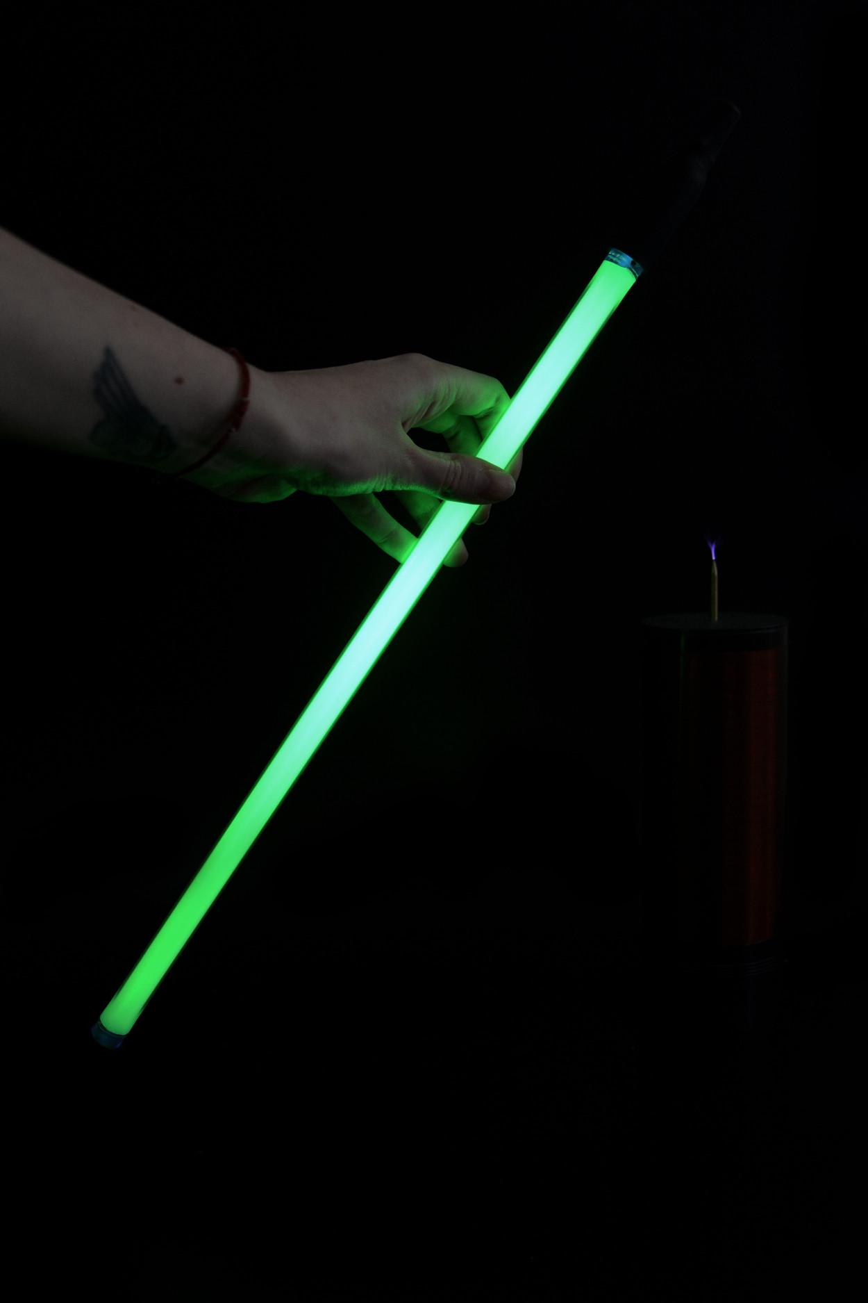 Неоновая трубка 40см Зеленая