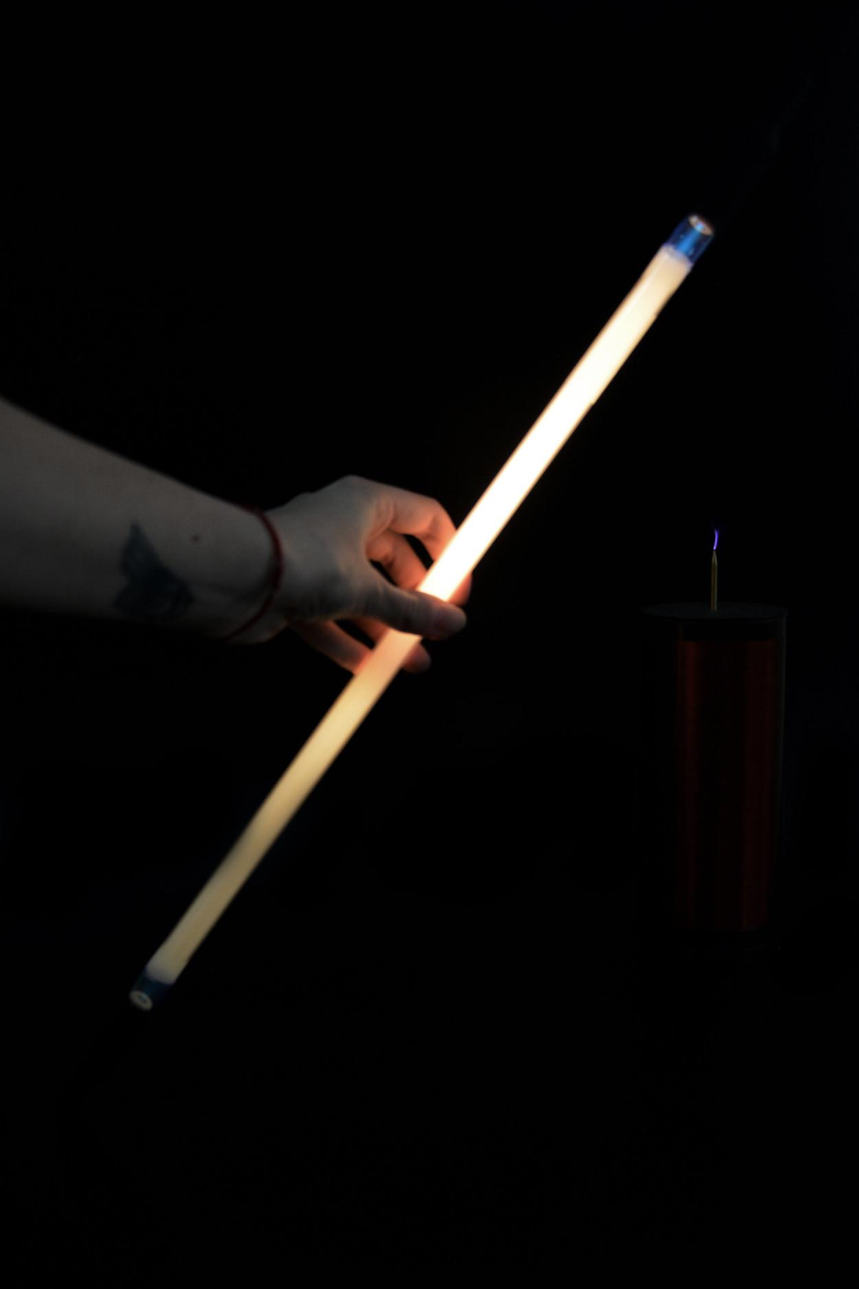 Неоновая трубка 40см Белый (теплый)