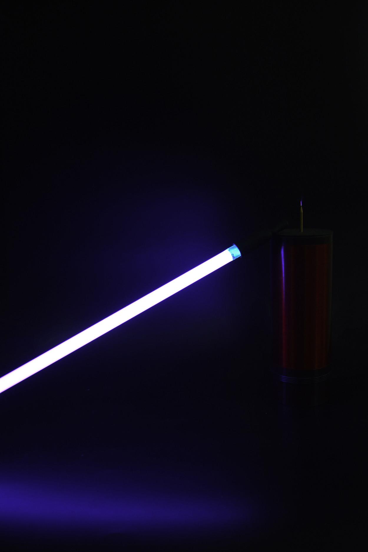 Неоновая трубка 40см Фиолетовая